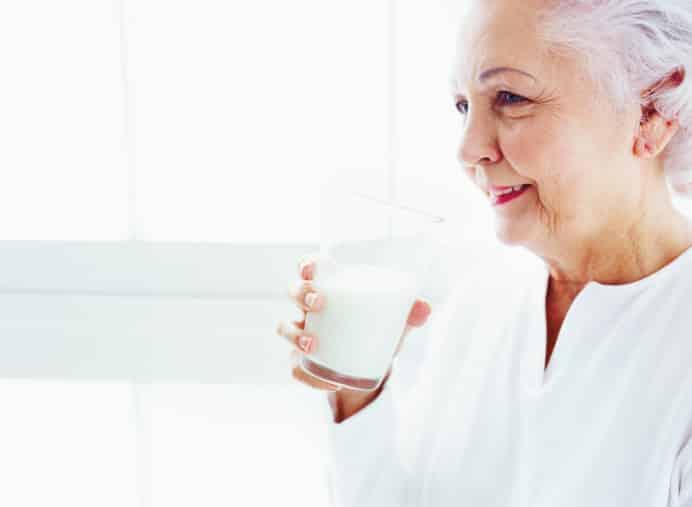 Alasan Susu Ensure Cocok untuk Lansia